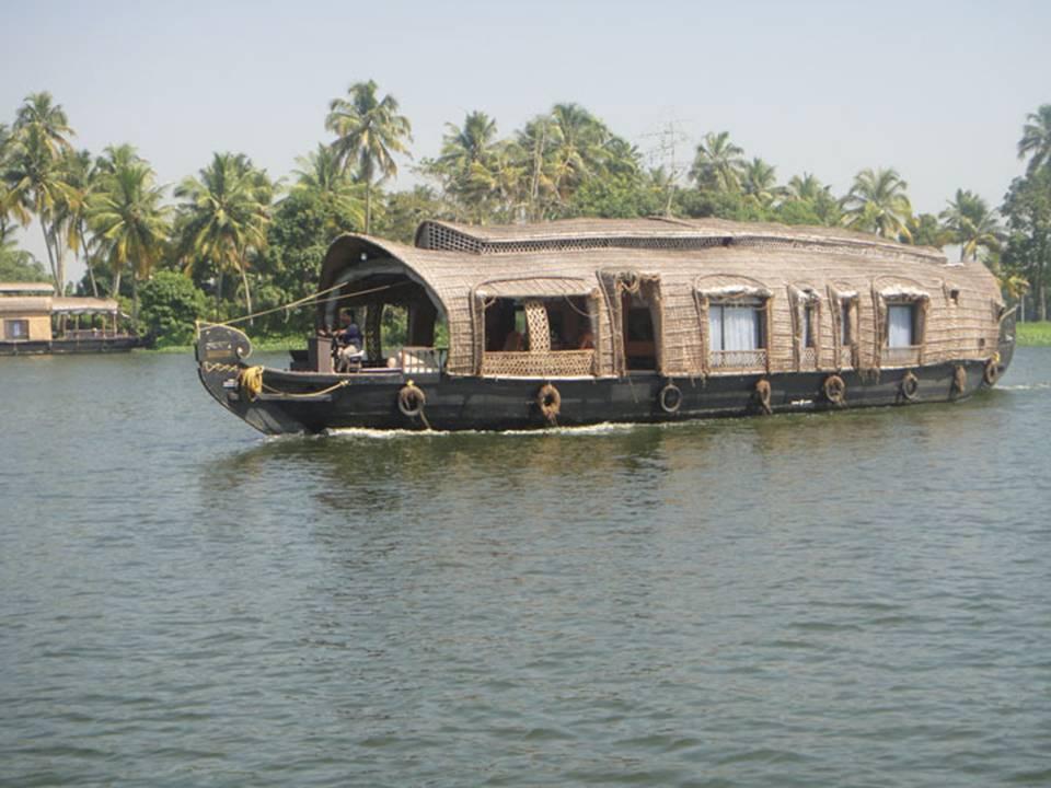 Kerala Houseboat Trip